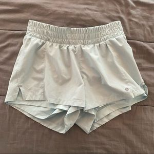 layer eight size small highwaisted athletic shorts